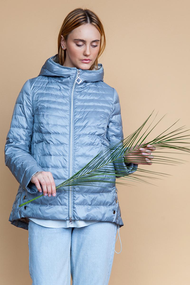 Куртка женская Clasna, цвет: серо-голубой. CW18C-088CWL. Размер 48CW18C-088CWL(520)Куртка женская от Clasna выполнена из высококачественного нейлона с наполнителем из синтепона. Модель с длинными рукавами и капюшоном застегивается на молнию. Капюшон не отстегивается. По бокам куртка дополнена прорезными карманами.
