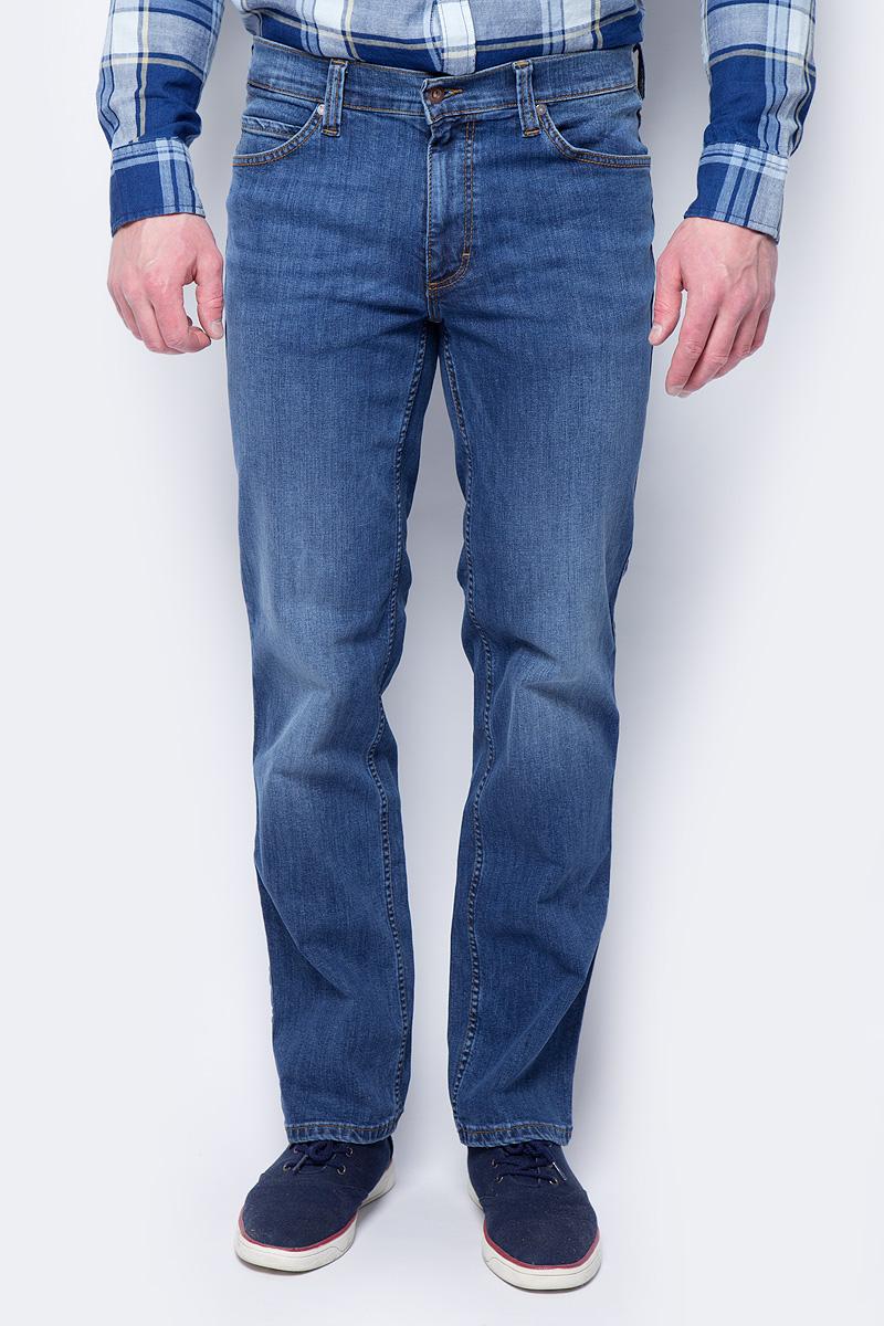 Джинсы мужские Mustang Tramper, цвет: голубой. 1005225-5000-882. Размер 38-32 (54-32) джинсы мужские mustang tramper цвет голубой 1005225 5000 882 размер 38 32 54 32