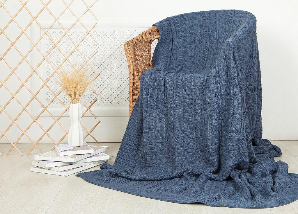Плед ТД Текстиль, цвет: синий, 160 x 220 см99025Плед ТД Текстиль - это идеальное решение для вашего интерьера. Плед, выполненный из 100% акрила, порадует вас легкостью и нежностью. Плед - это такой подарок, который будет всегда актуален, особенно для ваших родных и близких, ведь вы дарите им частичку своего тепла!