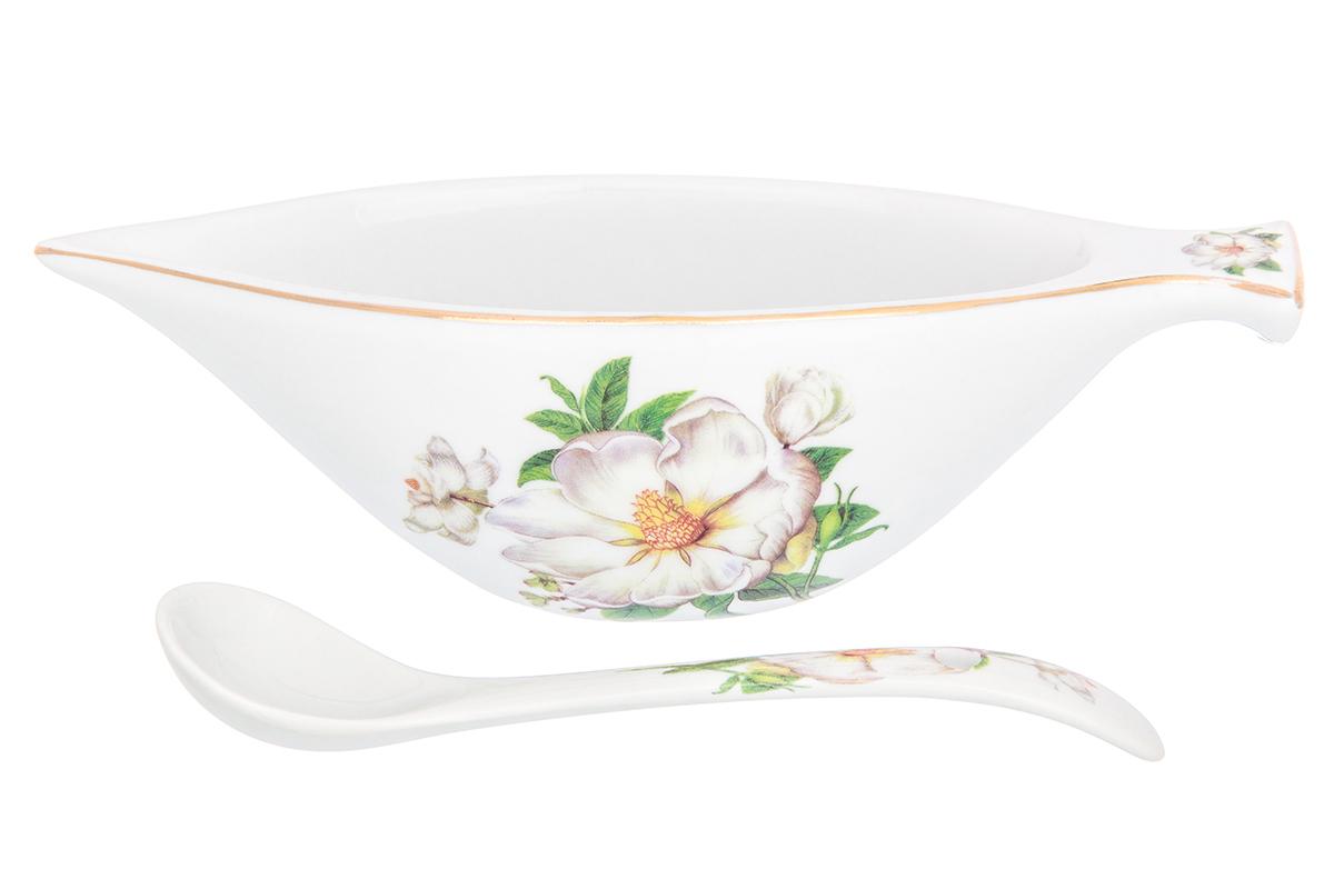 """Икорница Elan Gallery """"Белый шиповник"""" с ложкой идеально подойдет для сервировки стола и станет оригинальным и полезным подарком к любому празднику. Изделие выполнено из фарфора."""