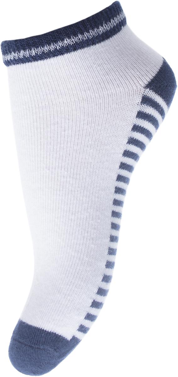 Носки для мальчика PlayToday, цвет: белый, синий, красный, 3 пары. 181115. Размер 18181115Мягкие носки от PlayToday выполнены из натуральных материалов. Хорошо пропускают воздух, позволяя коже дышать. Дополнены жаккардовым рисунком. Укороченная модель.В комплекте 3 пары носков.