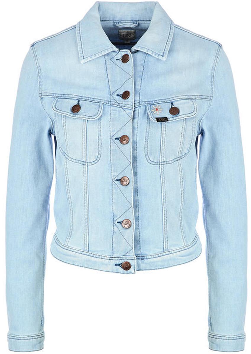 Куртка женская Lee, цвет: синий. L54MKTRX. Размер M (44)L54MKTRXДжинсовая куртка от Lee выполнена из хлопкового денима. Модель с длинными рукавами и отложным воротником застегивается на пуговицы. Дополнена карманами.