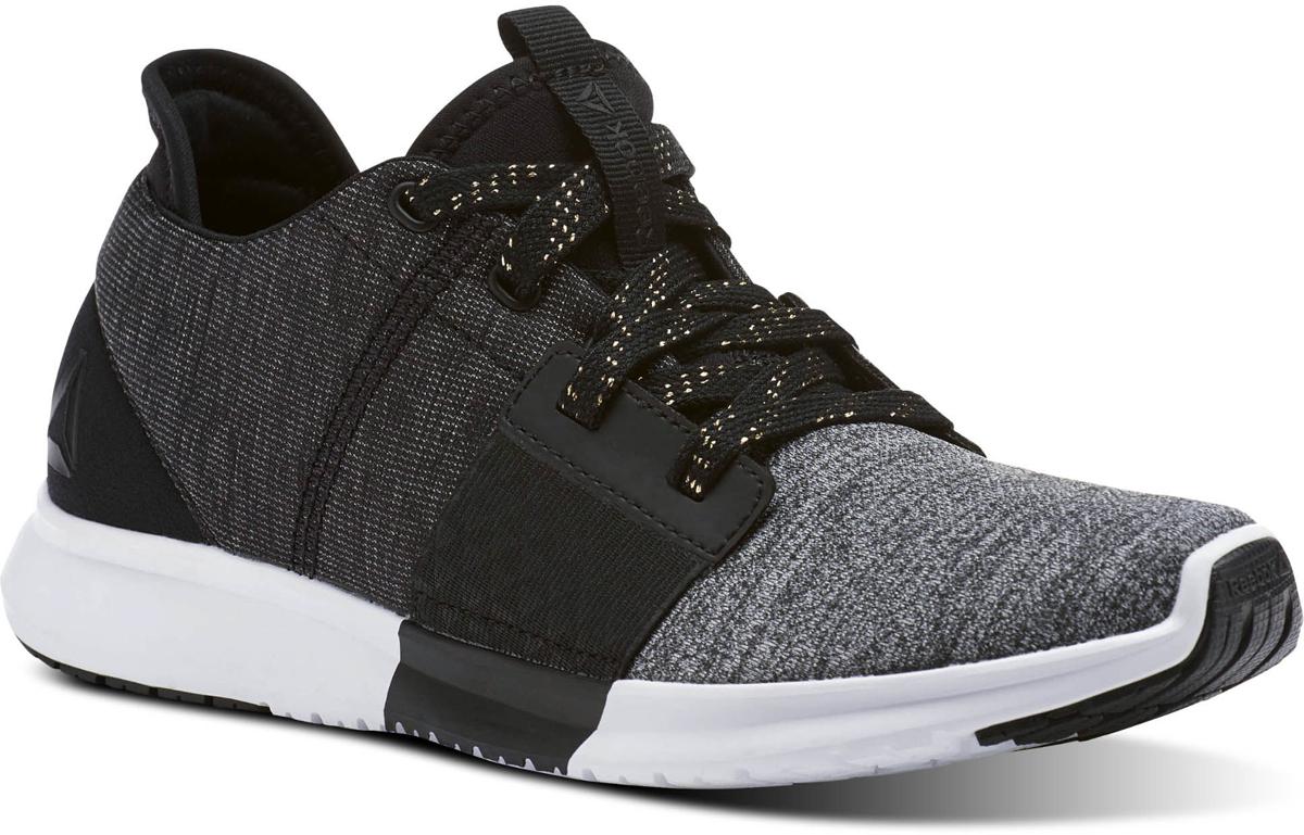 Кроссовки для бега женские Reebok Reebok Trilux Run PNT, цвет: черный, серый. CN1102. Размер 7,5 (38)CN1102Найдите свой темп и выдержите любую тренировку в этой женской обуви. Боковые поели обеспечивает надежную поддержку, защищая от травм. Углеродный каучук на носке и пятке повышает долговечность, а подошва IMEVA облегчает ваш шаг, поэтому ваша тренировка может продолжаться в еще дольше
