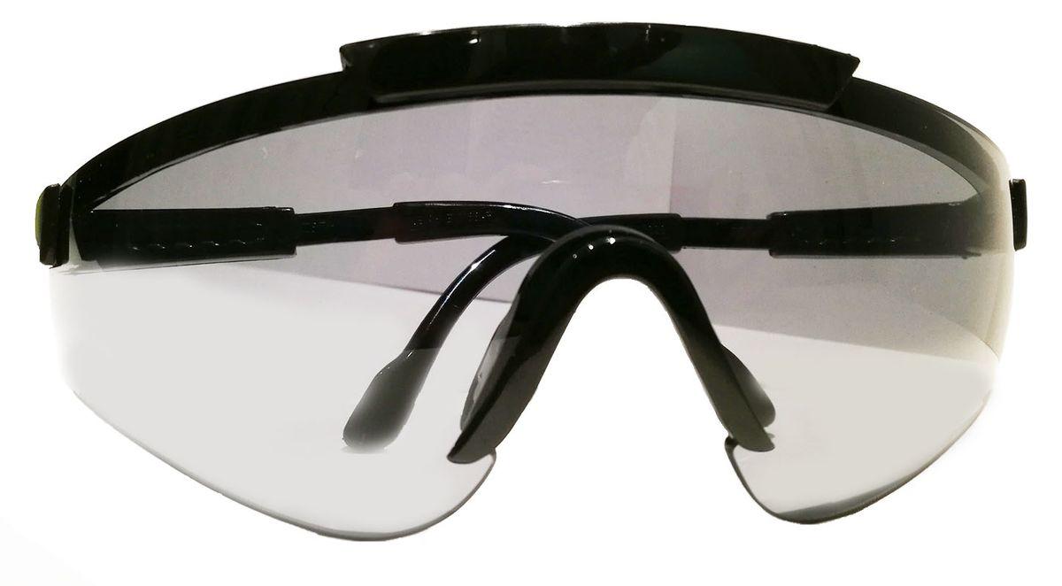 Очки стрелковые Sporty, цвет: серый1060-2Правильный подбор стрелковых очков – это гарант комфорта и отменного результата при занятиях спортивной стрельбой или охотой. Отсутствие очков может стать серьезной угрозу здоровью и безопасности спортсмена или же охотника. Стрелковые очки Sporty швейцарского производителя являются гарантом защиты глаз в любых погодных условиях. Стрелковые очки Sporty уже давно зачислены к первому классу оптики. Очки можно отрегулировать по длине за счет дужек. Данные очки - это еще и защита от ультрафиолетового ожога до 400нМ. Для их изготовления применяется современный пластик, что говорит о прочности, а линзы покрываются защитой от механических повреждений.Зачем нужны стрелковые очки?Причина №1: правила. Не важно, чем вы занимаетесь – страйкболом, практической стрельбой из ружья или пистолета – в правилах будет сказано, что к тренировкам и участию в соревнованиях допускаются только те, у кого есть защитные очки. Для соответствия этим правилам зачастую достаточно купить любые защитные очки.Причина №2: ультрафиолет. Длительное воздействие ультрафиолетовых лучей может привести к ухудшению зрения, поэтому во время занятий страйкболом или прогулок в солнечный день используются очки. От ультрафиолетовых лучей защищают не только темные очки, но и прозрачные или цветные линзы со специальным покрытием. Такое покрытие имеют практически все современные стрелковые очки.Причина №3: пороховые газы. В первую очередь это относится к любителям практической стрельбы из полуавтоматов. Завершающий выстрел, вылетающая гильза и – затвор встает на задержку, а лицо окатывает теплой волной. Это пороховые газы, а порой и частички несгоревшего пороха вырываются наружу из открытого патронника. Чтобы защитить глаза от них подойдут любые стрелковые очки с линзами, полностью закрывающими глаза.Причина №4: гильзы. Стоит встать справа от стрелка с помпой или полуавтоматом, как вас начнет осыпать гильзами, вылетающими из его оружия! Это очень неприятно, но не так опасно, к