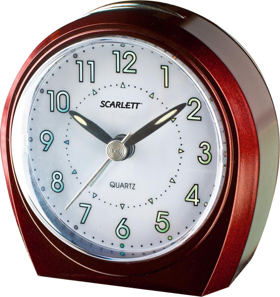 Scarlett SC-840 будильникSC-840Увеличенный циферблатРабота от одной батареи АА 1,5 Вольт (не включена в комплект)Подсветка циферблата для удобства пользования в ночное времяДве кнопки управления будильником: кнопка прерывания сигнала и кнопка отключенияПостепенно нарастающая громкость и интенсивность сигнала будильникаСигнал работает до его выключения