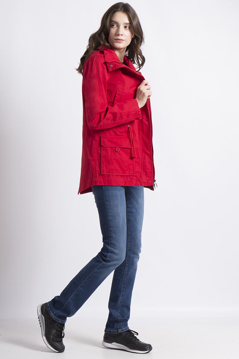 Куртка женская Finn Flare, цвет: красный. B18-12084. Размер L (48)B18-12084Легкая куртка от Finn Flare выполнена из натурального хлопка. Модель с длинными рукавами, воротником-стойкой и отстегивающимся капюшоном застегивается на молнию и имеет ветрозащитный клапан. По бокам и на груди дополнена карманами.