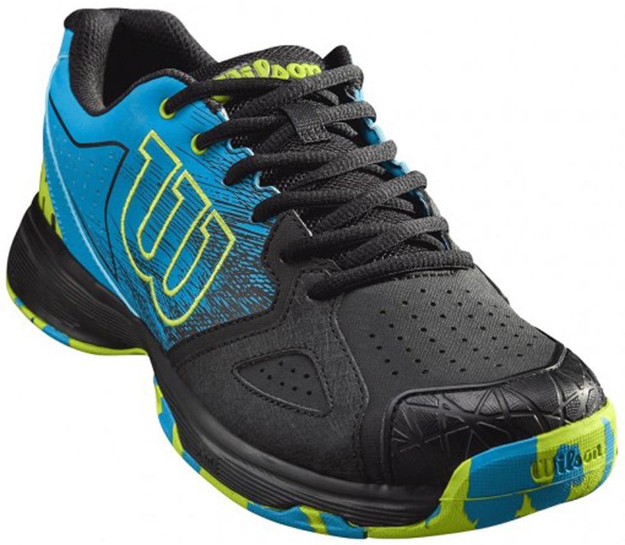 Кроссовки для тенниса мужские Wilson Kaos Devo, цвет: черный, голубой. WRS323480. Размер 9 (42,5)WRS323480Кроссовки Wilson Kaos Devo, отзывчивые и динамичные, с поддержкой передней части стопы - это ваш верный выбор, если вы ищете качественную обувь с ярким дизайном. Классическая шнуровка гарантирует удобство и надежно фиксирует модель на ноге, а мягкая текстильная подкладка и формованная стелька Ortholite гарантируют комфорт и удобство во время носки. Износостойкая резиновая подошва с рельефным рисунком гарантирует надежное сцепление с любой поверхностью.