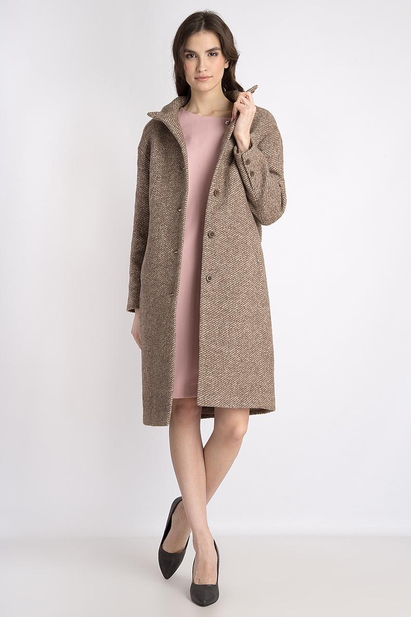 Пальто женское Finn Flare, цвет: светло-коричневый. B18-32009. Размер S (44)B18-32009Легкое пальто от Finn Flare выполнено из высококачественного материала. Удлиненная модель с длинными рукавами и воротником-стойкой застегивается на пуговицы. По бокам пальто дополнено карманами.