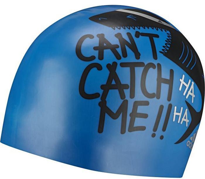 Шапочка для плавания детская adidas Graphic Cap Y, цвет: синийAY2930Детская плавательная шапочка adidas Graphic Cap очень удобная и прочная. Данная модель изготовлена из эластичного силикона, который плотно облегает голову, и устойчив к повреждениям на разрыв. Графический принт с акулой покажет всем, кто тут первый.
