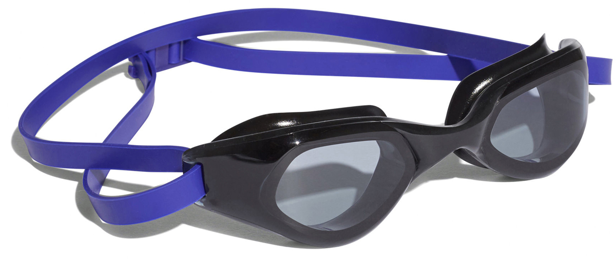Очки для плавания Adidas Persistar CMF, цвет: фиолетовый, черныйBR1105Удобные плавательные очки с защитой от УФ-лучей.Во время длительных тренировок в бассейне нужны очки, которые можно надеть и забыть про них. Эта модель с цельной оправой и широким углом обзора как раз из таких. Эластичная носовая перегородка и регулируемый ремешок для надежной посадки.Удобные очки с цельной оправой. Широкий угол обзора. Регулируемая носовая перегородка. Регулируемый ремешок с пряжкой на затылке. Защита от УФ-лучей; специальная обработка для защиты от запотевания. Модель для восстановительных тренировок: для пловцов-любителей, которые предпочитают стиль и комфорт.