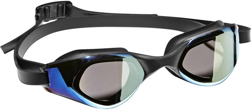 Очки для плавания Adidas Persistar CMF M, цвет: черный, синийBR1117Удобные плавательные очки с зеркальными линзами.Во время длительных тренировок в бассейне нужны очки, которые можно надеть и забыть про них. Эта модель с цельной оправой и широким углом обзора как раз из таких. Гибкая носовая перегородка и регулируемый двойной ремешок для надежной посадки.Удобные очки с цельной оправой. Широкий угол обзора. Регулируемая носовая перегородка. Регулируемый двойной ремешок для оптимальной посадки. Защита от УФ-лучей; специальная обработка для защиты от запотевания; зеркальные линзы. Категория: для пловцов-любителей, которые предпочитают стиль и комфорт. 100% литой поликарбонат.