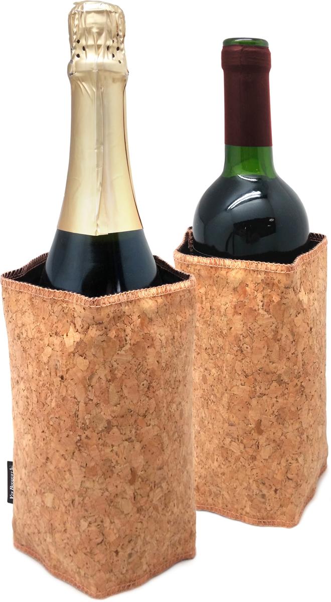 """Охладительные рубашки для вина - непременная составляющая виной коллекции. Не секрет, что  различные сорта вина следует подавать при правильной температуре. Переохлажденный  напиток не раскроет полностью свой букет, а перегретый приобретёт чрезмерно алкогольный  привкус.  Рубашка охлаждающая """"Vin Bouquet"""" быстро охладит вино и позволит ему сохранить свою  температуру в течение длительного времени."""