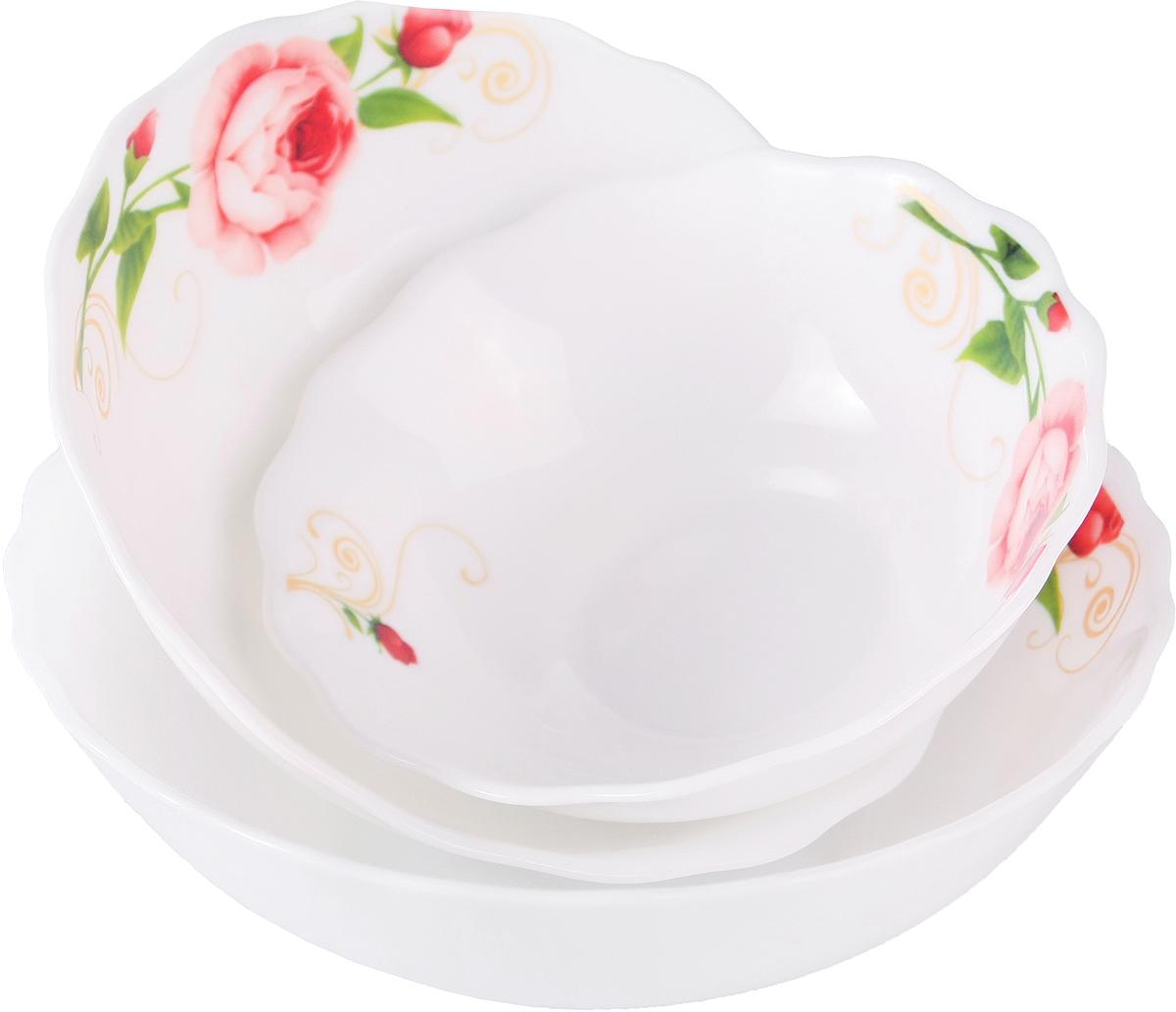 """Набор столовой посуды Olaff  """"Конфетти"""" состоит из 3 предметов.  В набор входят:  - 1 салатник 300 мл,  - 1 салатник 450 мл,  - 1 салатник 750 мл.  Набор продается в красивой подарочной упаковке.  Посуда изготовлена из качественной стеклокерамики."""