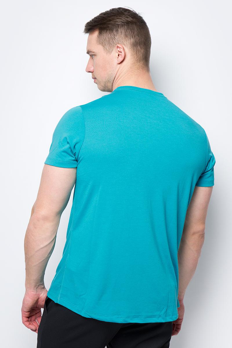 Мужская футболка Asics выполнена из полиэстера с добавлением вискозы.У модели классический круглый ворот и короткие стандартные рукава. Спереди изделие оформлено принтом с надписями и дополнено светоотражающими деталями. Технология Motion Dry позволяет выводить влагу, оставляя тело сухим и сохраняя его оптимальный температурный режим.