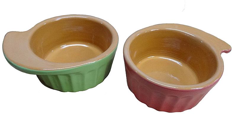 Кокотница Борисовская керамика Ностальгия, 200 мл, 4 штРАД14458081Набор Борисовская керамика Ностальгия, выполненный из высококачественной керамики, состоит из 4 оригинально оформленных кокотниц. Изделия предназначены для подачи гарниров, жульенов или пудингов. Изящный дизайн, высокое качество и функциональность набораБорисовская керамика Ностальгия позволят ему стать достойным дополнением к вашему кухонному инвентарю.Можно использовать в духовке и микроволновой печи.Диаметр (по верхнему краю): 9 см.Высота стенки: 4,5 см.