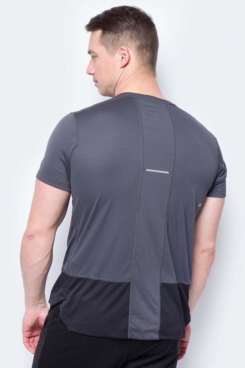 Удобная футболка Asics Tee, изготовленная из высококачественного материала на основе полиэстера, станет лучшим спутником во время бега.  Модель прямого кроя с круглым вырезом горловины и удлиненной спинкой имеет комфортные швы, которые не натирают кожу. Материал изделия превосходно отводит влагу от тела и обеспечивает циркуляцию воздуха.