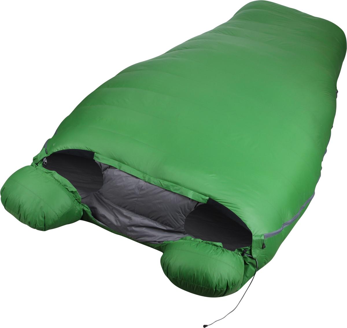 Мешок спальный Сплав Tandem Comfort, двухместный, цвет: зеленый, 230 x 120 x 73 см4507850Сплав Tandem Comfort - Лёгкий тёплый комфортный двухместный пуховой спальный мешок с тёплыми швами.Несмотря на то, что идея этого спального мешка пришла из стиля light&fast, он непременно найдёт применение в самых разных ситуациях и спортивных направлениях благодаря совокупности своих выдающихся эксплуатационных характеристик. Tandem Comfort – это идеальное решение для тех, кто ищет возможность существенного снижения веса своего бивачного снаряжения без ущерба комфорту для двоих. Конструкция спального мешка позволяет двум обитателям пользоваться температурным преимуществом совместного размещения в одном спальнике, сохраняя при этом эффективную теплоизоляцию, обеспечиваемую индивидуальными регулируемыми капюшонами и тёплым воротником сложной формы, полностью перекрывающим пространство между обитателями. Молнии с обеих сторон спальника позволяют покинуть мешок и вернуться в него, не беспокоя соседа.Тип конструкции: кокон.Тёплые швы.Молнии разъёмные двухзамковые с внутренними объёмными тёплыми планками расположены с двух боков спальника.Шейный пакет сложной формы, полностью перекрывающий свободное пространство между обитателями, практически исключает поступление холодного воздуха в спальный мешок между людьми. Может быть отстёгнут от верхней части при необходимости.Индивидуальные капюшоны с независимыми регулировками шнуром.Анатомическая форма мешка в районе ступней.Увеличенная норма набивки секций в районе ступней.Два внутренних кармана на молнии.Петли для просушки.Упаковка: компрессионный мешок в комплекте.Материалы:Ткань верха: 100% нейлон 20D, 35 г/м2, Ripstop, DWR.Подкладка: 100% нейлон 20D, 36 г/м2, DWR.Утеплитель: Высококачественный серый гусиный пух Каригуз с гидрофобной обработкой Nikwax FP 680.Температурный режим (Для двух обитателей. Температуры ориентировочные, поскольку стандарт EN13537 не распространяется на двухместные спальные мешки):Комфорт: -4… -10° С.Экстрим: -29
