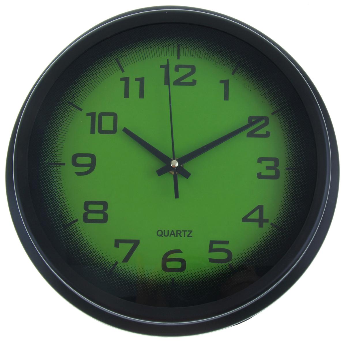 Часы настенные, цвет: черный, зеленый, диаметр 27,5 см1031020Каждому хозяину периодически приходит мысль обновить свою квартиру, сделать ремонт, перестановку или кардинально поменять внешний вид каждой комнаты. Часы настенные круглые Тени, d=27,5 см, циферблат зеленый, рама-багет черная — привлекательная деталь, которая поможет воплотить вашу интерьерную идею, создать неповторимую атмосферу в вашем доме. Окружите себя приятными мелочами, пусть они радуют глаз и дарят гармонию.Часы настенные круг, рама черная багет, циферблат зеленый d=27,5см 1031020