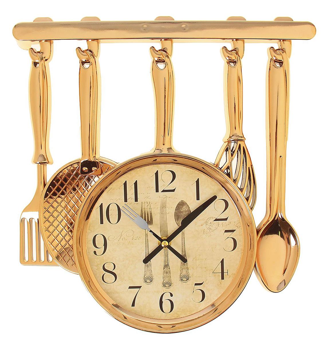 Часы настенные Приборы, 30 х 33 см1031072Каждому хозяину периодически приходит мысль обновить свою квартиру, сделать ремонт, перестановку или кардинально поменять внешний вид каждой комнаты. Часы настенные кухонные Столовые приборы, на циферблате нож, вилка, ложка, золотистые — привлекательная деталь, которая поможет воплотить вашу интерьерную идею, создать неповторимую атмосферу в вашем доме. Окружите себя приятными мелочами, пусть они радуют глаз и дарят гармонию.Часы настенные Навесные столовые приборы, золото, на циферблате Приборы, 30*33см 1031072