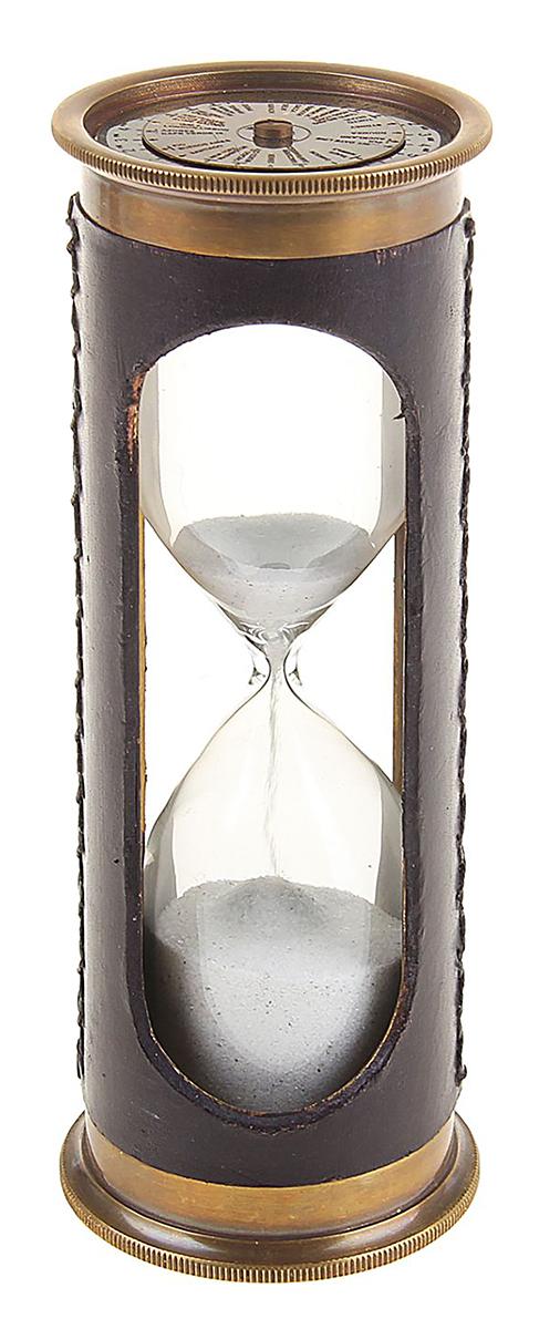 Песочные часы с вечным календарем, 3 минуты1044679Сувенирные песочные часы с вечным календарем (3 мин) — именно тот предмет, который сподвигнет задуматься над философским понятием «время». Ведь фразу «время как песок» отождествляют именно песочные часы. Говорят, что время и пространство не видно, но в данном случае мы буквально видим, как течет время.Пусть эти индийские сувенирные песочные часы не замерят точный промежуток времени, зато глядя на них можно легко найти тему для философствования.Разместите их в интерьере личного кабинета и, иногда отвлекаясь, переворачивайте, это успокаивает нервы и позволяет немного перевести дух.Сувенир песочные часы с вечным календарем в коже (3 мин) 15х5,3х5,3 см 1044679