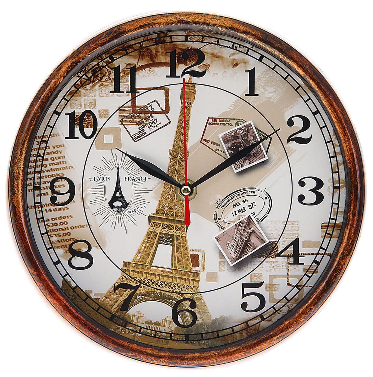 Часы настенные Воспоминания о Париже, диаметр 22 см1104349Каждому хозяину периодически приходит мысль обновить свою квартиру, сделать ремонт, перестановку или кардинально поменять внешний вид каждой комнаты. Часы настенные круглые Письма из Парижа, d=22 см, рама под дерево с патиной — привлекательная деталь, которая поможет воплотить вашу интерьерную идею, создать неповторимую атмосферу в вашем доме. Окружите себя приятными мелочами, пусть они радуют глаз и дарят гармонию.Часы настенные круглые Воспоминания о Париже 22х22х3,8 см 1104349