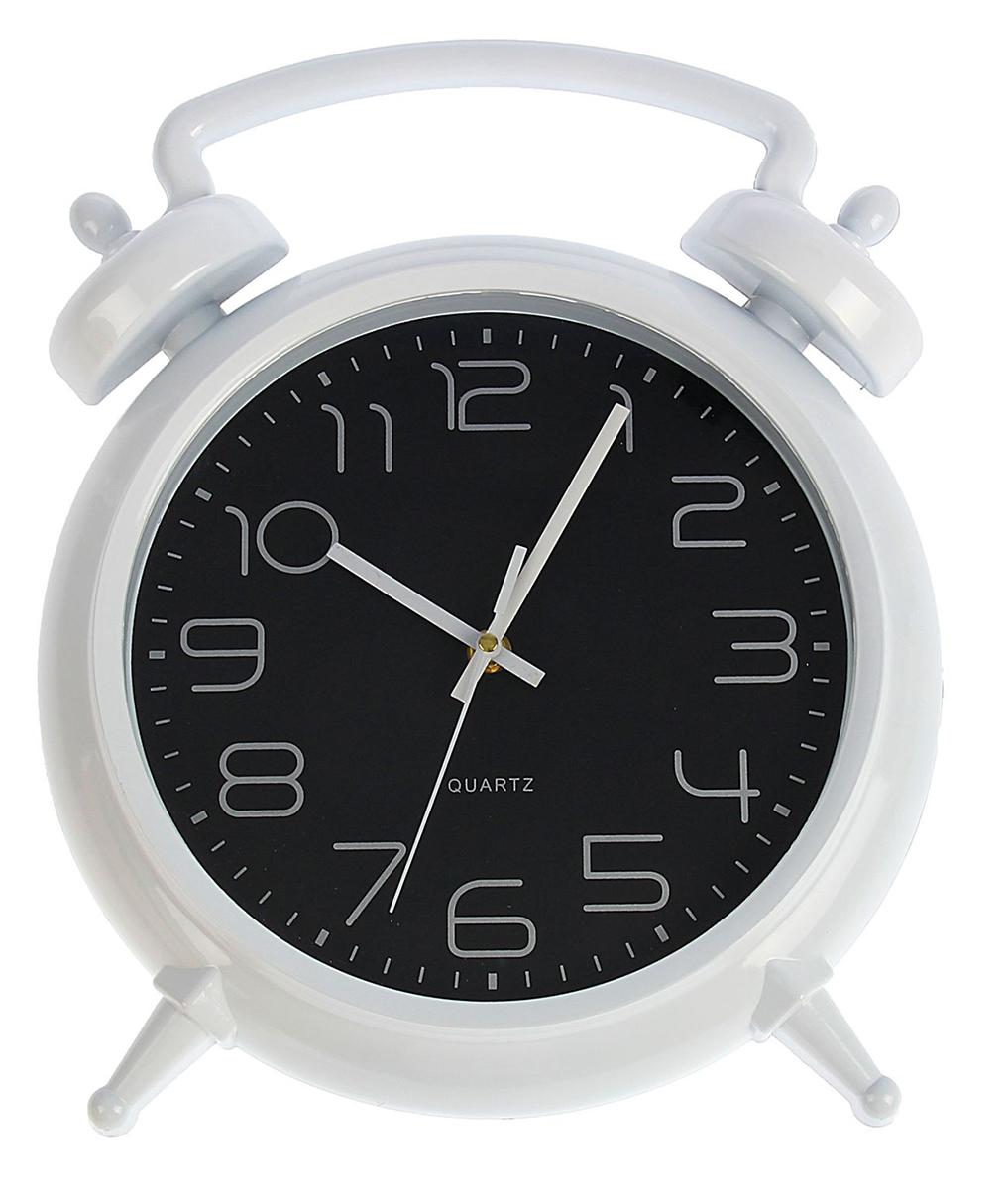 Часы настенные Классика в черном, 31 х 28 см1390999Каждому хозяину периодически приходит мысль обновить свою квартиру, сделать ремонт, перестановку или кардинально поменять внешний вид каждой комнаты. Часы настенные интерьерные Классика в черном, белый обод — привлекательная деталь, которая поможет воплотить вашу интерьерную идею, создать неповторимую атмосферу в вашем доме. Окружите себя приятными мелочами, пусть они радуют глаз и дарят гармонию.Часы настенные Классика в черном, белый обод, 31х28х4 см 1390999