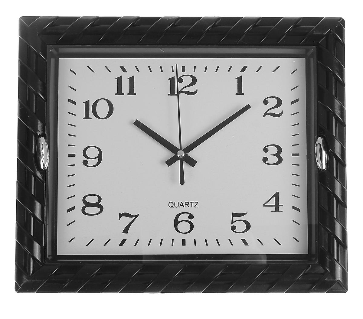 Часы настенные Косичка, с 2 держателями, цвет: черный, белый, 23 х 27 см155459Каждому хозяину периодически приходит мысль обновить свою квартиру, сделать ремонт, перестановку или кардинально поменять внешний вид каждой комнаты. Часы настенные прямоугольные Витая рама, 2 держателя, циферблат белый, рама-косичка черная — привлекательная деталь, которая поможет воплотить вашу интерьерную идею, создать неповторимую атмосферу в вашем доме. Окружите себя приятными мелочами, пусть они радуют глаз и дарят гармонию.Часы настенные прямоугольник, рама черная косичка с 2 держ прямыми, циферблат белый 23х27см 155459
