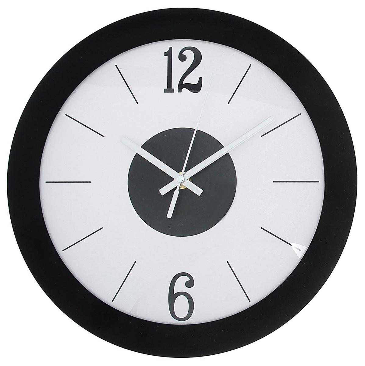 Каждому хозяину периодически приходит мысль обновить свою квартиру, сделать ремонт, перестановку или кардинально поменять внешний вид каждой комнаты. Часы настенные круглые Destiny, d=29 см, рама черная, циферблат белый — привлекательная деталь, которая поможет воплотить вашу интерьерную идею, создать неповторимую атмосферу в вашем доме. Окружите себя приятными мелочами, пусть они радуют глаз и дарят гармонию.Часы настенные круг, рама черная широкая, на белом циферблате крупные 6,12 d=29см 1588323