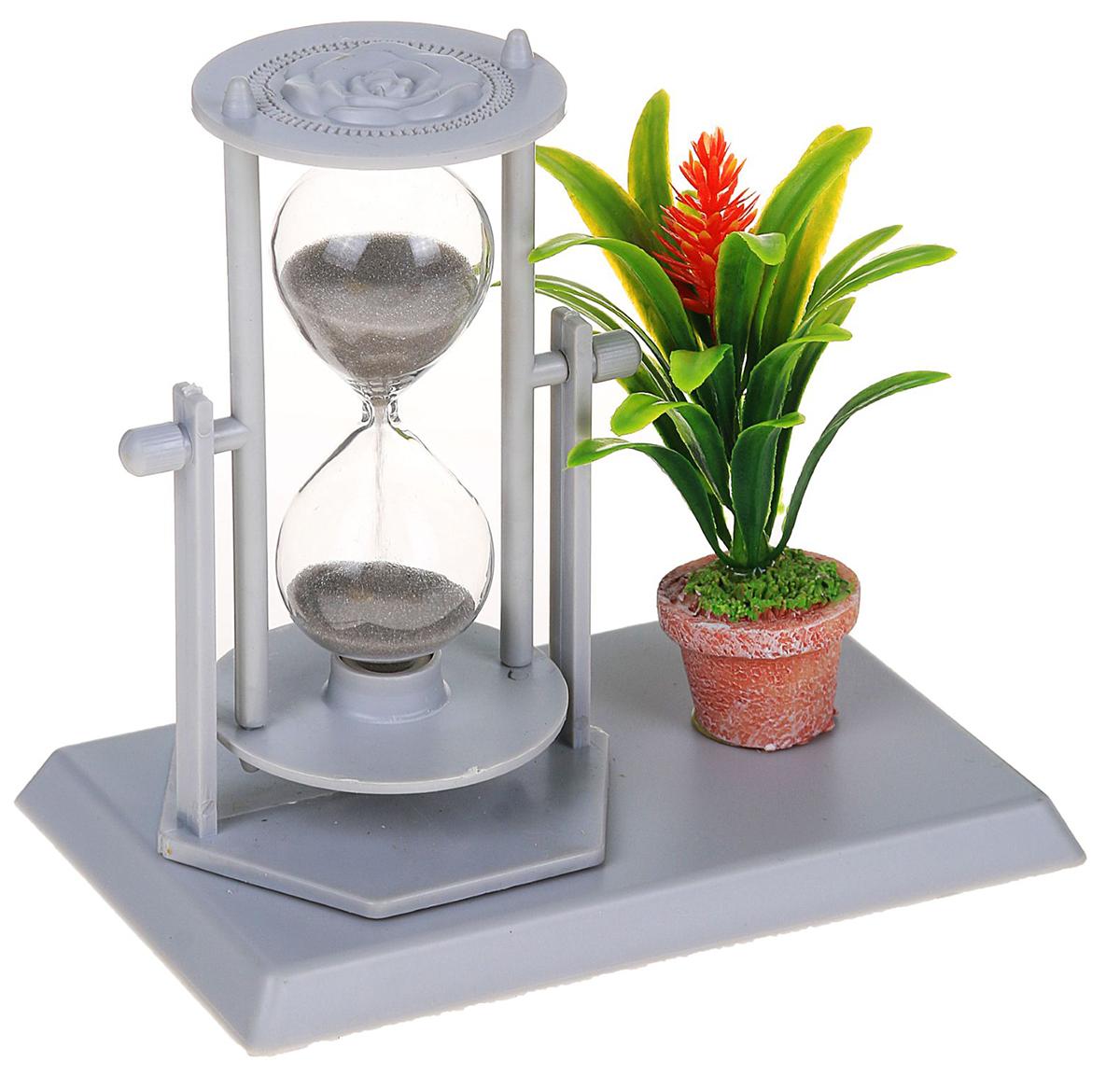 Песочные часы Цветы. Оранжевый цветок, цвет: серый, 14 х 13 х 9 см2355538Каждому хозяину периодически приходит мысль обновить свою квартиру, сделать ремонт, перестановку или кардинально поменять внешний вид каждой комнаты. — привлекательная деталь, которая поможет воплотить вашу интерьерную идею, создать неповторимую атмосферу в вашем доме. Окружите себя приятными мелочами, пусть они радуют глаз и дарят гармонию.Часы песочные, серия Цветы, серые, оранжевый цветок, 14*13*9см 2355538