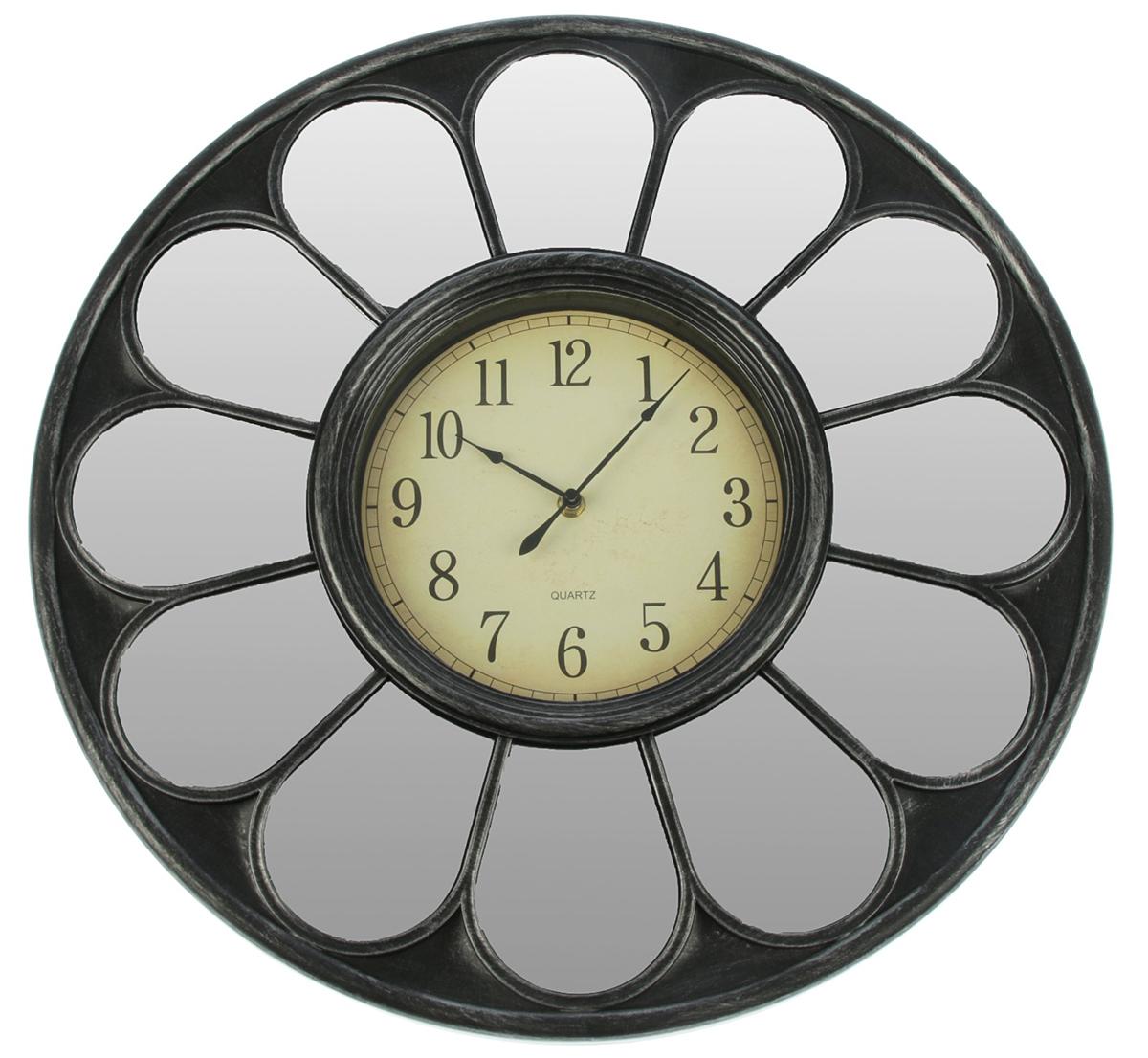 Часы настенные Зеркала. Ромашка, цвет: серебро, диаметр 50 см2770467Каждому хозяину периодически приходит мысль обновить свою квартиру, сделать ремонт, перестановку или кардинально поменять внешний вид каждой комнаты. — привлекательная деталь, которая поможет воплотить вашу интерьерную идею, создать неповторимую атмосферу в вашем доме. Окружите себя приятными мелочами, пусть они радуют глаз и дарят гармонию.Часы настенные. серия Зеркала, круг, Ромашка, циферблат под старину, цвет серебро, d=50см 2770467