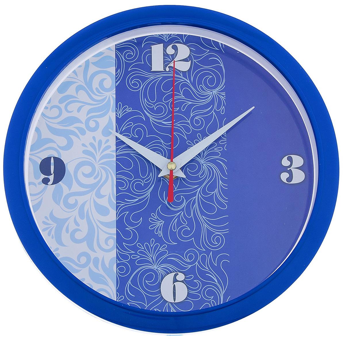 Часы настенные Рубин Узор, цвет: синий, диаметр 22 см2918848Каждому хозяину периодически приходит мысль обновить свою квартиру, сделать ремонт, перестановку или кардинально поменять внешний вид каждой комнаты. — привлекательная деталь, которая поможет воплотить вашу интерьерную идею, создать неповторимую атмосферу в вашем доме. Окружите себя приятными мелочами, пусть они радуют глаз и дарят гармонию.— сувенир в полном смысле этого слова. И главная его задача — хранить воспоминание о месте, где вы побывали, или о том человеке, который подарил данный предмет. Преподнесите эту вещь своему другу, и она станет достойным украшением его дома.Часы настенные круглые Узор, 22 см, обод синий 2918848