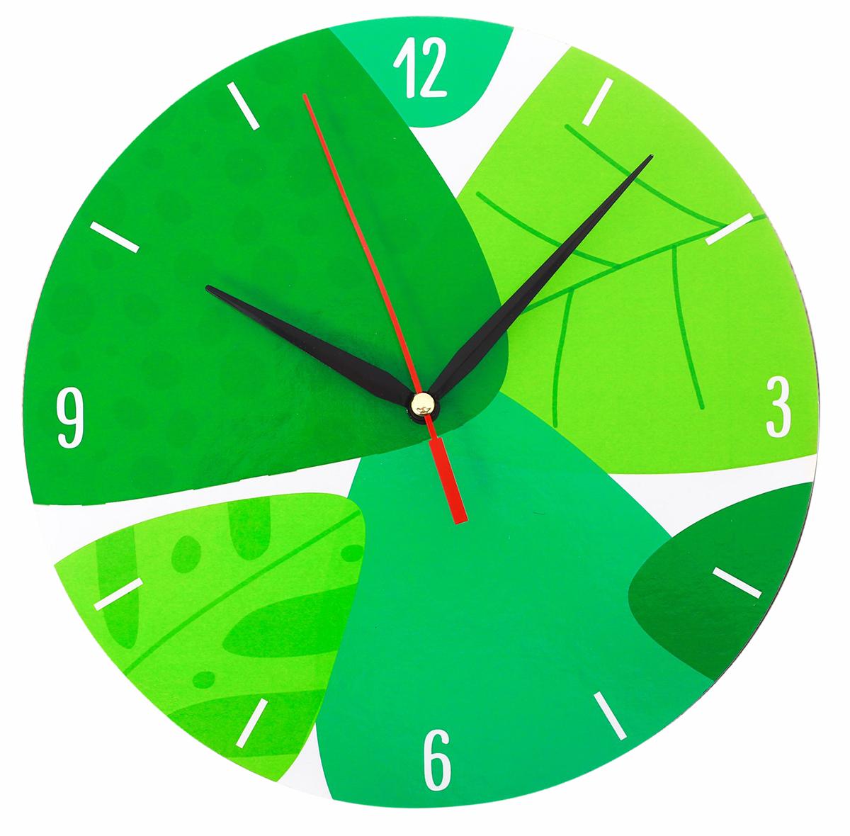 Часы настенные Листва2935513Часы деревянные Листва, d=25 см — сувенир в полном смысле этого слова. И главная его задача — хранить воспоминание о месте, где вы побывали, или о том человеке, который подарил данный предмет. Преподнесите эту вещь своему другу, и она станет достойным украшением его дома. Каждому хозяину периодически приходит мысль обновить свою квартиру, сделать ремонт, перестановку или кардинально поменять внешний вид каждой комнаты. Часы деревянные Листва, d=25 см — привлекательная деталь, которая поможет воплотить вашу интерьерную идею, создать неповторимую атмосферу в вашем доме. Окружите себя приятными мелочами, пусть они радуют глаз и дарят гармонию.Часы Листва 2935513