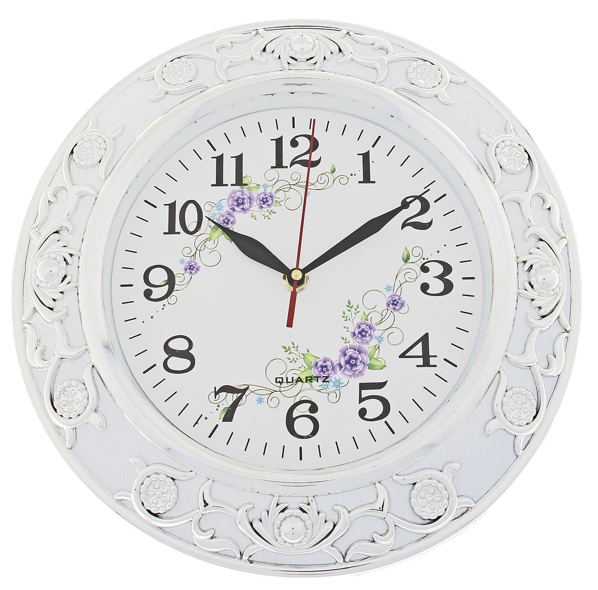 Часы настенные Ретро. Цветы, диаметр 30 см723390Каждому хозяину периодически приходит мысль обновить свою квартиру, сделать ремонт, перестановку или кардинально поменять внешний вид каждой комнаты. Часы настенные круглые Серия Ретро. Сирневые цветы, d=30 см, рама белая, объемный узор серебристый — привлекательная деталь, которая поможет воплотить вашу интерьерную идею, создать неповторимую атмосферу в вашем доме. Окружите себя приятными мелочами, пусть они радуют глаз и дарят гармонию.Часы настенные серия Ретро круг рама пласт белая узор хром на циферблате Цветы d=30см 723390