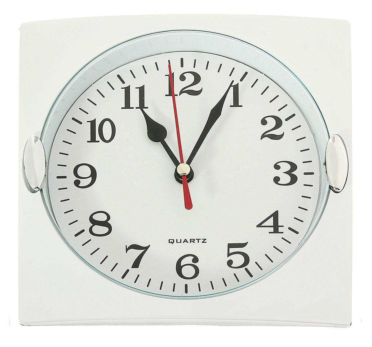 Часы настенные с 2 держателями, цвет: хром, белый, 15 х 15 см831336Каждому хозяину периодически приходит мысль обновить свою квартиру, сделать ремонт, перестановку или кардинально поменять внешний вид каждой комнаты. Часы настенные квадратные Белоснежные, 15 ? 15 см, рама белая, 2 держателя хром — привлекательная деталь, которая поможет воплотить вашу интерьерную идею, создать неповторимую атмосферу в вашем доме. Окружите себя приятными мелочами, пусть они радуют глаз и дарят гармонию.Часы настенные квадрат, рама хром с 2 держ овал, циферблат белый 15х15см 831336