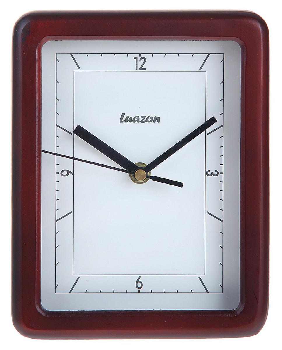 Часы настенные с прямоугольным циферблатом - функциональная деталь интерьера в доме. Окружите себя приятными мелочами, пусть они радуют глаз и дарят гармонию.