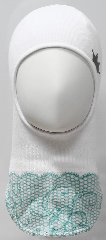 Шапка-шлем для девочки Marhatter, цвет: белый. MDT7283/5. Размер 48/50MDT7283/5Шлем для девочек Marhatter изготовлен из хлопка со светоотражающей аппликацией в виде короны. По низу изделия жаккардовый узор, имитирующий кружево. Хлопковая подкладка. Уважаемые клиенты!Размер, доступный для заказа, является обхватом головы.