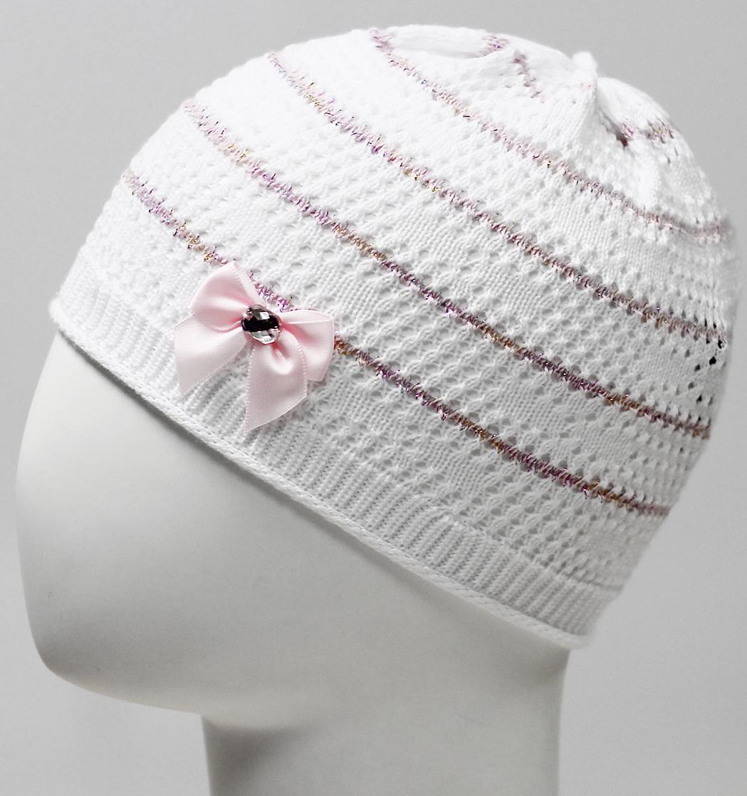 Шапка для девочки Marhatter, цвет: белый. MDH7524. Размер 44/46MDH7524Ажурная хлопковая шапка для маленьких принцесс. По низу изделия изящный рулик. Украшена атласным бантом с камнем.