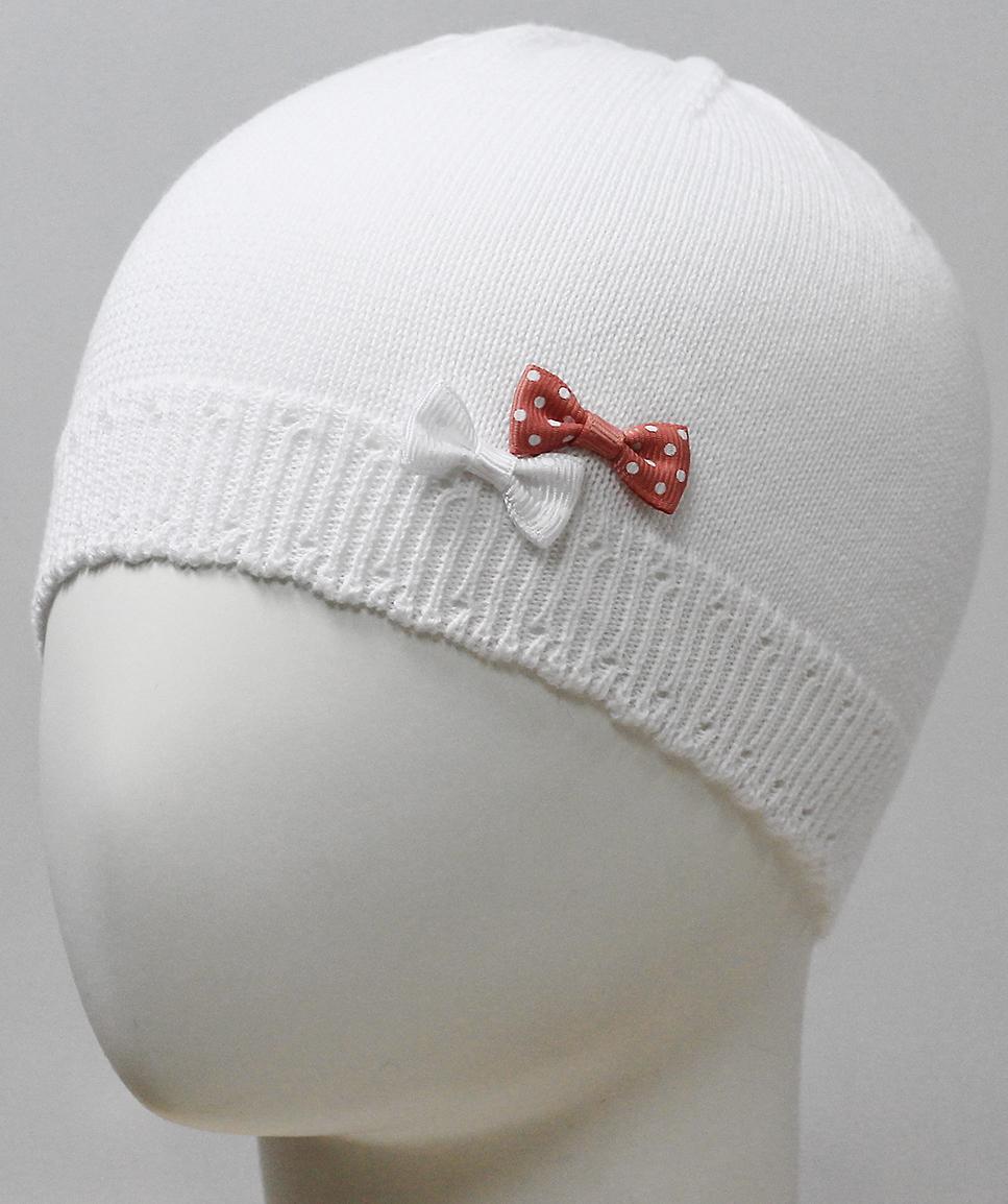 Шапка для девочки Marhatter, цвет: белый. MDH7226. Размер 44/46MDH7226Хлопковая шапка для маленьких принцесс. Модель дополнена изящными объемными бантиками. Представлена в 3-х размерах для детей от 3 мес. до 1 года.