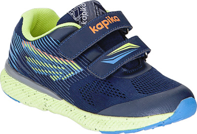 Кроссовки для мальчика Kapika, цвет: темно-синий . 73367-2. Размер 3673367-2Детские кроссовки от Kapika изготовлены из качественной искусственной кожи и текстиля. Ремешки с липучками обеспечивают надежную фиксацию модели на ноге. Внутренняя поверхность из текстиля комфортна при движении. Рифленая подошва обеспечивает хорошее сцепление с поверхностью.