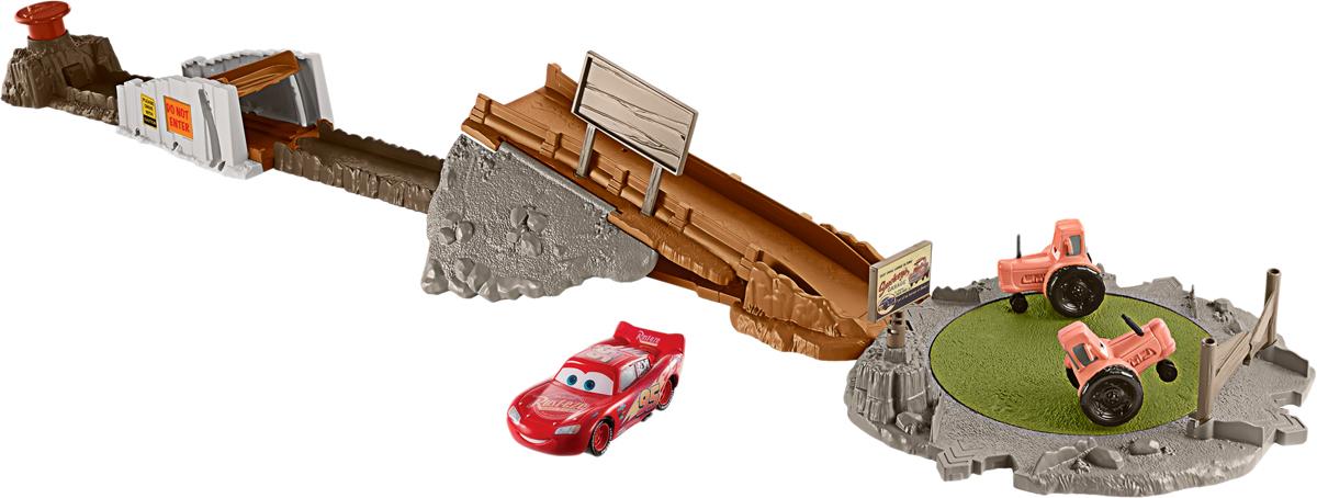 Cars Игрушечный трек Гонка Смоки - Транспорт, машинки