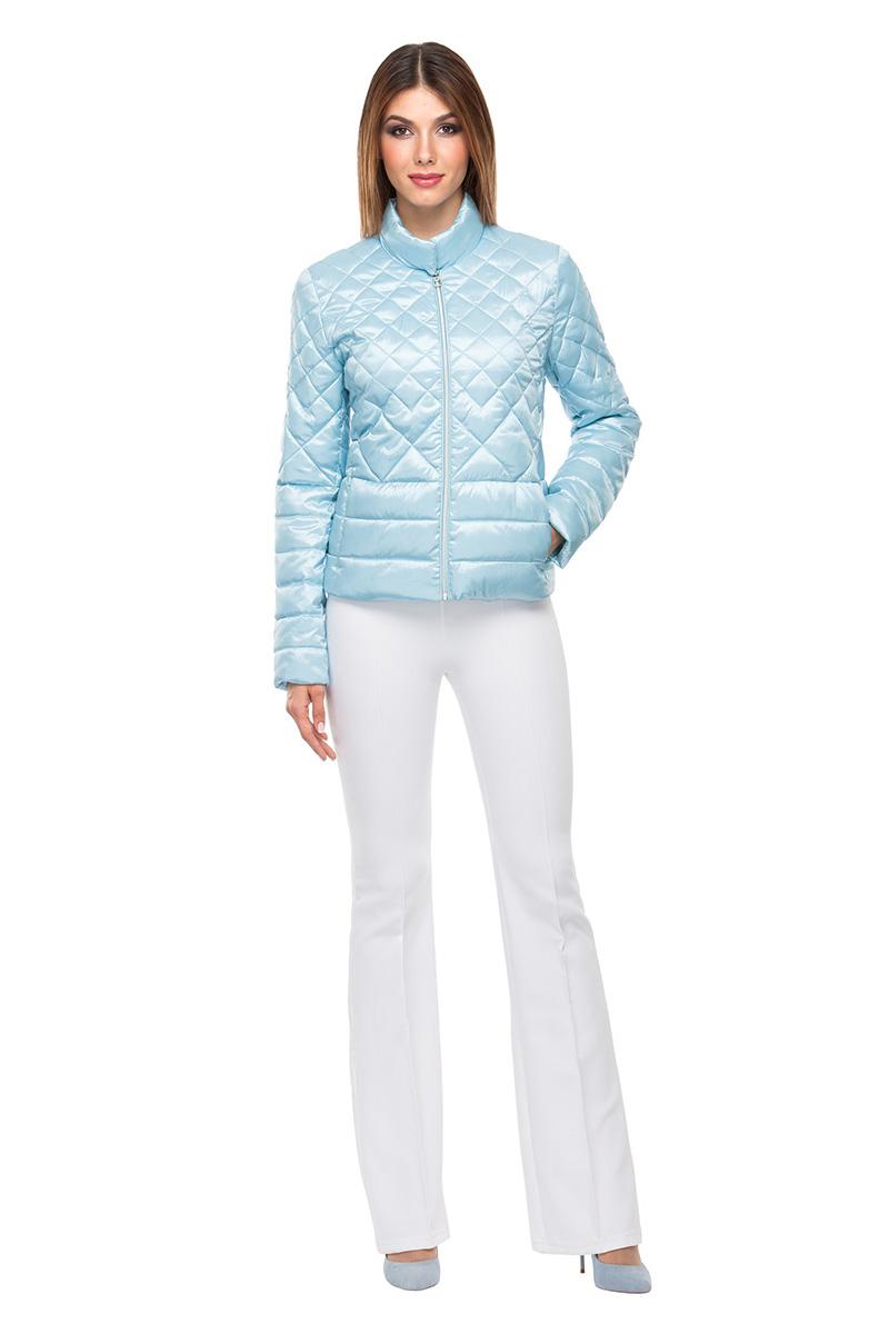 Куртка женская Conso, цвет: голубой. SS180104. Размер 44 (46)SS180104 - blue topazКороткая демисезонная куртка в стиле Casual. Модель с длинными рукавами и воротником-стойкой фиксируется на кнопки и двустороннюю молнию. Комбинированная стежка – эффектный элемент дизайна. Удобные врезные карманы – на потайных молниях. Куртка выполнена из легкой и прочной ткани с наполнителем из биопуха.