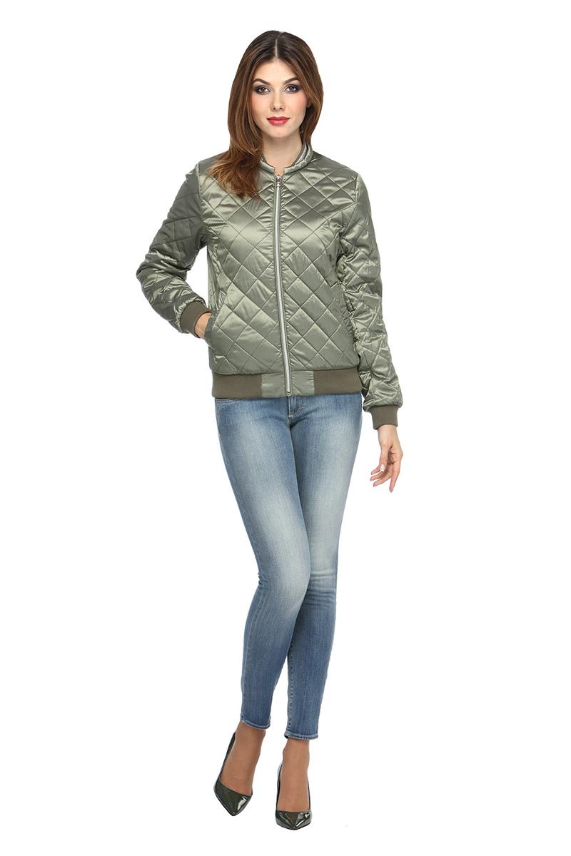 Куртка женская Conso, цвет: светло-зеленый. SS180119. Размер 46 (48)SS180119 - moroccan mintКороткая демисезонная куртка в стиле Casual. Модель прямого силуэта фиксируется металлической молнией. Небольшой воротник-стойка, манжеты и низ изделия - из рип-трикотажа. По бокам карманы с листочками - на кнопках. Изделие выполнено из легкой и прочной ткани с наполнителем из биопуха. Ромбовидная стежка и эффектный декор из люрекса по воротнику делают куртку модным хитом!
