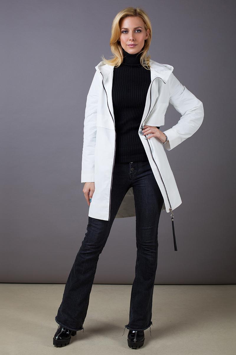 Куртка женская Malinardi, цвет: серый. MR18C-W8590. Размер S (42)MR18C-W8590(311)Стильная женская куртка Malinardi, выполненная из высококачественного материала на основе полиэстера, отлично дополнит повседневный образ. Модель прямого кроя с удлиненной спинкой, капюшоном и воротником-стойкой, надежно защищающим от ветра, застегивается на молнию с внутренней ветрозащитной планкой и дополнена двумя прорезными карманами на молнии.
