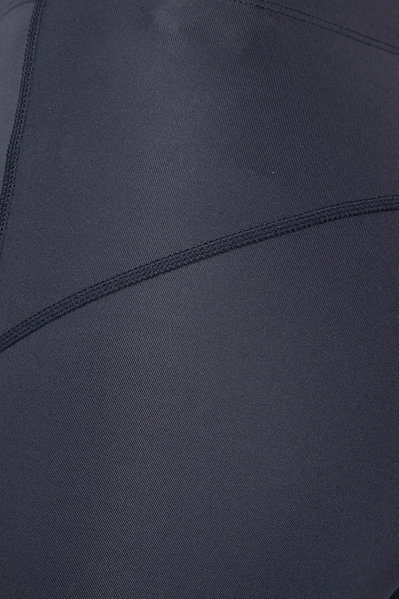 Удобные женские тайтсы для бега Asics  7/8 Tight изготовлены из высококачественного материала на основе полиэстера и спандекса, благодаря чему они великолепно тянутся, не сковывают движения, обеспечивают необходимую циркуляцию воздуха и превосходно отводят влагу от тела, оставляя кожу сухой и обеспечивая наибольший комфорт. Облегающие тайтсы дополнены мягкой эластичной резинкой на талии. Комфортные плоские швы исключают риск натирания даже во время интенсивных тренировок.