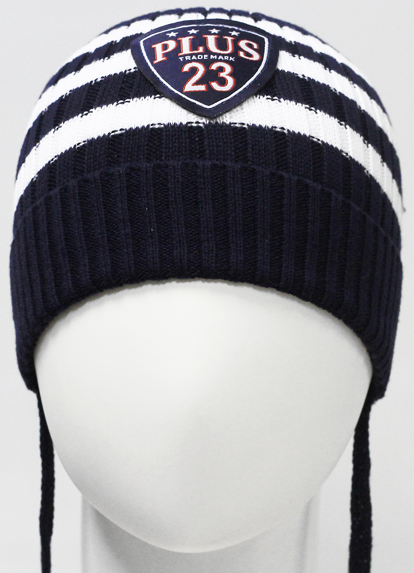 Шапка для мальчика Marhatter, цвет: темно-синий. MIH7411. Размер 44/46MIH7411Детская хлопковая шапка на завязках для мальчиков с отворотом. Шапка дополнена оригинальным шевроном. Размер, доступный для заказа, является обхватом головы.