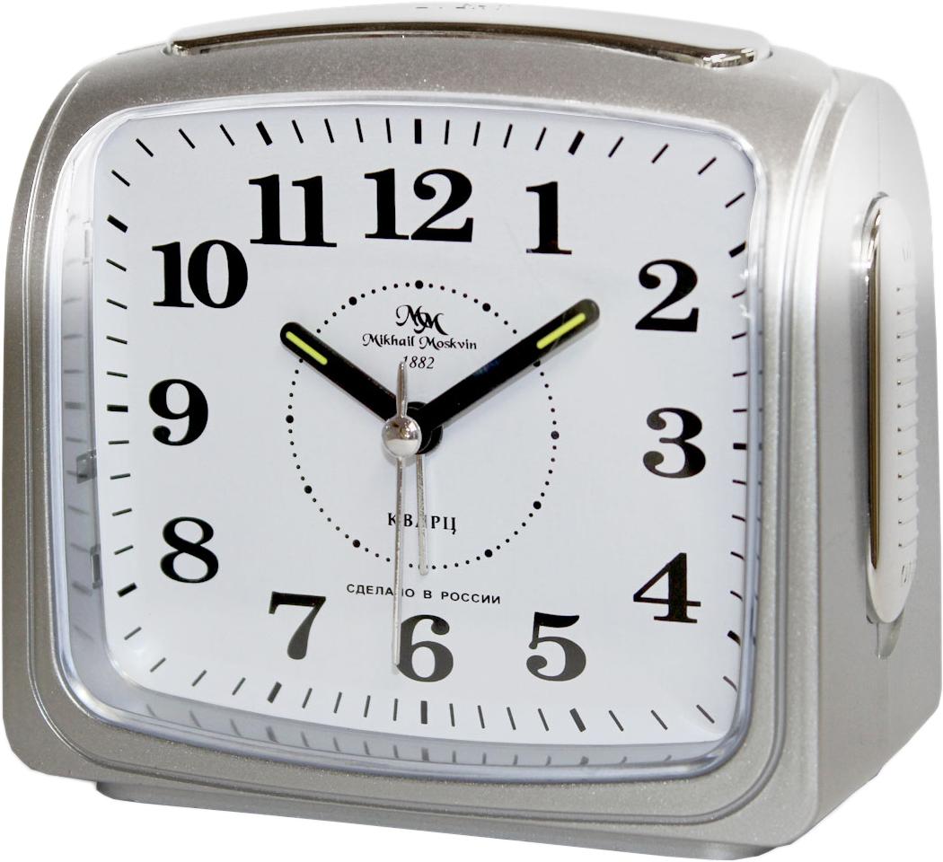 Будильник кварцевый Mikhail Moskvin, цвет: серебристый. 392/3392/3Отечественный двухзвонковый будильник с надежным кварцевым механизмом - это не только функциональное устройство, но и оригинальный элемент декора, который великолепно впишется в интерьер вашего дома. . Возможность выбора звонка: электронного или механического. Он снабжен четырьмя стрелками: часовой, минутной, секундной и стрелкой завода.