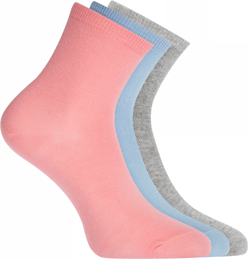 Носки женские oodji Ultra, цвет: розовый, голубой, серый, 3 пары. 57102466T3/47469/19KYM. Размер 38/4057102466T3/47469/19KYMНабор из трех пар базовых хлопковых носков от oodji. Хлопковый трикотаж с небольшим добавлением эластана приятен на ощупь, обладает прекрасными характеристиками: пропускает воздух, не вызывает раздражения. В таких носках вашим ногам будет комфортно в разную погоду, независимо от того, насколько активно вы двигаетесь. Практичный сет из трех пар хлопковых носков прекрасно подходит для ношения с повседневными вещами и станет неотъемлемым элементом спортивного гардероба. Базовые носки отлично дополнят джинсы, брюки или лосины. Они хорошо сочетаются с закрытой обувью: кедами, кроссовками, ботинками, сапогами. Если вы цените комфорт в одежде, эти носки займут особое место в вашем повседневном гардеробе.