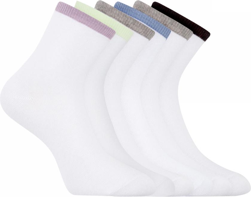Носки женские oodji Ultra, цвет: белый, сиреневый, салатовый, 6 пар. 57102466T6/47469/19TKB. Размер 35/3757102466T6/47469/19TKBСет из шести пар базовых хлопковых носков от oodji. Носки из хлопкового трикотажа с добавлением эластана комфортны в носке и легки в уходе. В этих носках кожа дышит, материал не вызывает раздражений. Гладкая и приятная на ощупь трикотажная ткань немного тянется и не теряет формы после многочисленных стирок. Носки прекрасно сидят на ноге. С таким набором у вас в запасе всегда будут чистые носки. Хлопковые носки прекрасно подходят для спортивного и повседневного гардероба. Они незаменимы на тренировках, во время активного отдыха и путешествий. Базовые носки отлично сочетаются с разной закрытой обувью – кроссовками, ботинками, кедами. Они незаметны под джинсами или брюками, и вместе с тем прекрасно выполняют свою функцию – обеспечивают комфорт и тепло вашим ногам.
