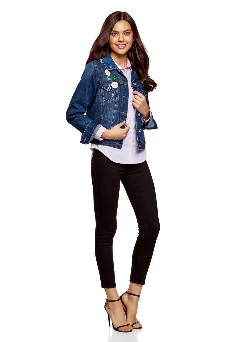 Куртка джинсовая женская oodji Ultra, цвет: темно-синий. 11109031/46654/7900W. Размер 34 (40-170)11109031/46654/7900WКуртка джинсовая от oodji со значками выполнена из натурального хлопка. Модель с длинными рукавами и отложным воротником застегивается на пуговицы.