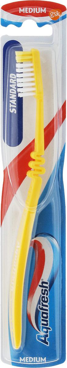 Aquafresh Зубная щетка Фемили средней жесткости, цвет: желтый melia многофункциональных 2 щетки скребущей щетки для обуви щетки щетки для одежды чтобы нарисовать единство щетки чистки щетка hc063853